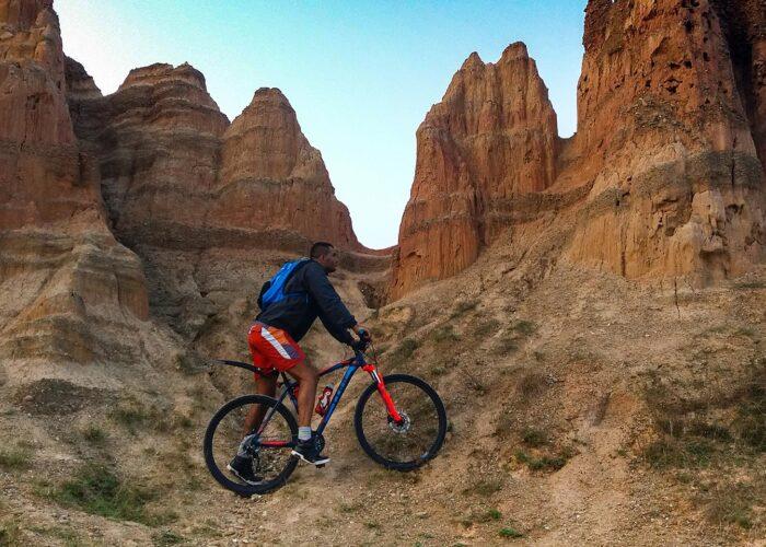 pjescane piramide biciklisticka tura