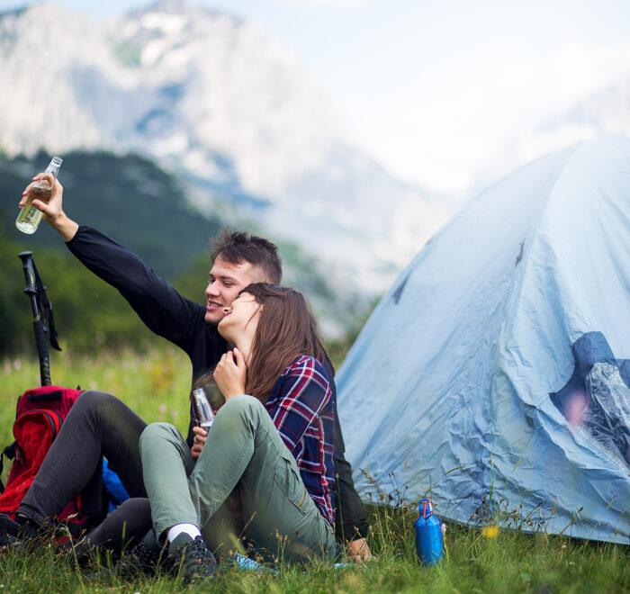 Prijevor kampovanje u satoru