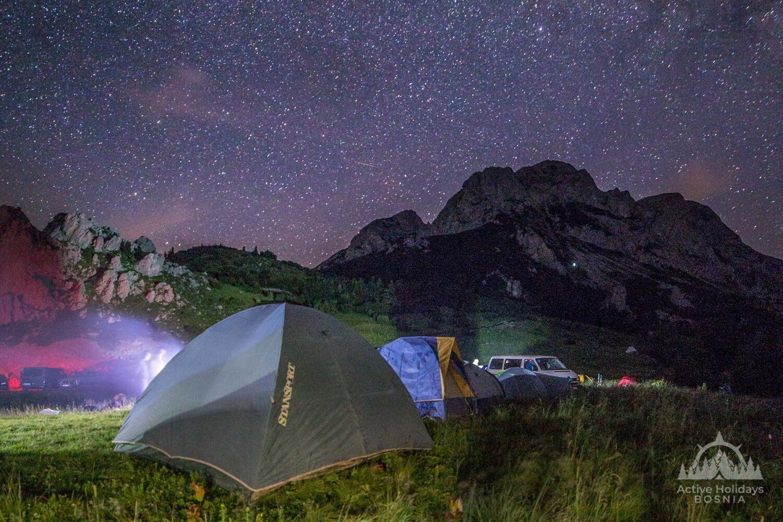 Šatori u podnožju Maglića